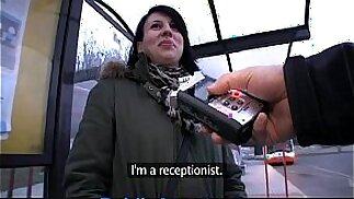 PublicAgent Jana mi scopa in macchina per soldi