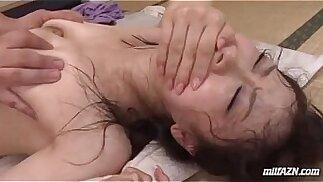 Milf getting su peluda coño follada duro corrida a boca mientras su hijo s. Nex