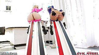 EvilAngel Inserzioni anali estreme e giocattoli enormi