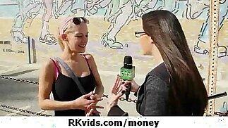 Splendide adolescenti che si fanno scopare per soldi 40