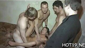 Dude looks at his gf sex