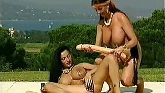 brunettes one is O Pearl and a dildo