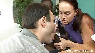 Valeska dividiu o cacete do negao marido