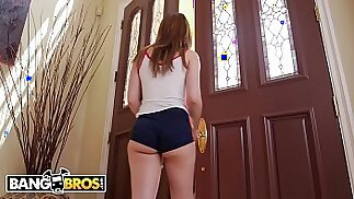 Magnum Size Pizza Delivery For Petite Teen Joseline Kelly