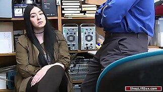 Teen shoplifter fucked by LP officer